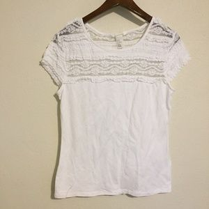 H&M White Lace Shortsleeve Tee Blouse Size Medium